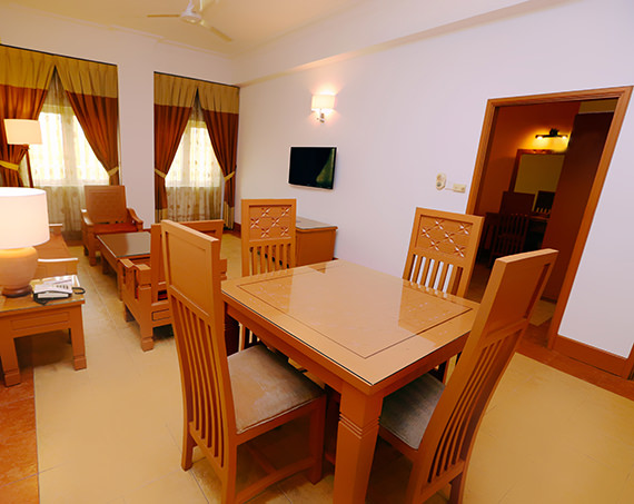 3 bedroom apartment m suites 2